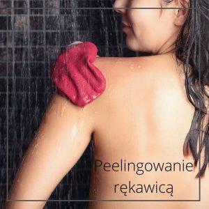 Jak dbac ocialo peelingowanie rekawica monikagawrysiak.pl  300x300 - Jak dbać ociało? Rozmowa zfizjoterapeutką